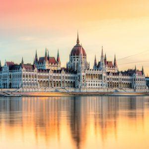 Die Entdeckung von Budapest mit der Hilfe der Zahnklinik
