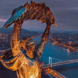 Freiheitsstatue (Budapest)